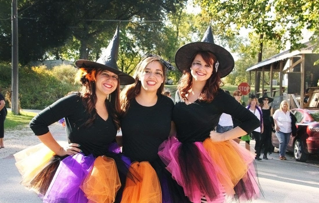 Photo of witch costumes in Kimmswick, Missouri