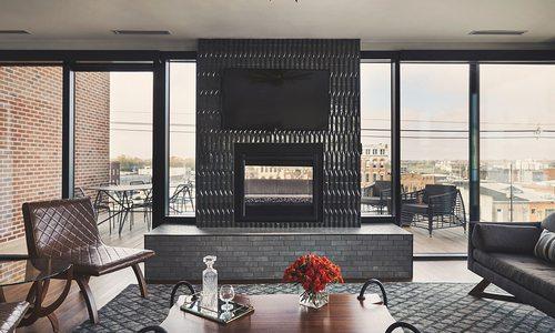 Hotel Vandivort's Master Suite in Downtown Springfield MO