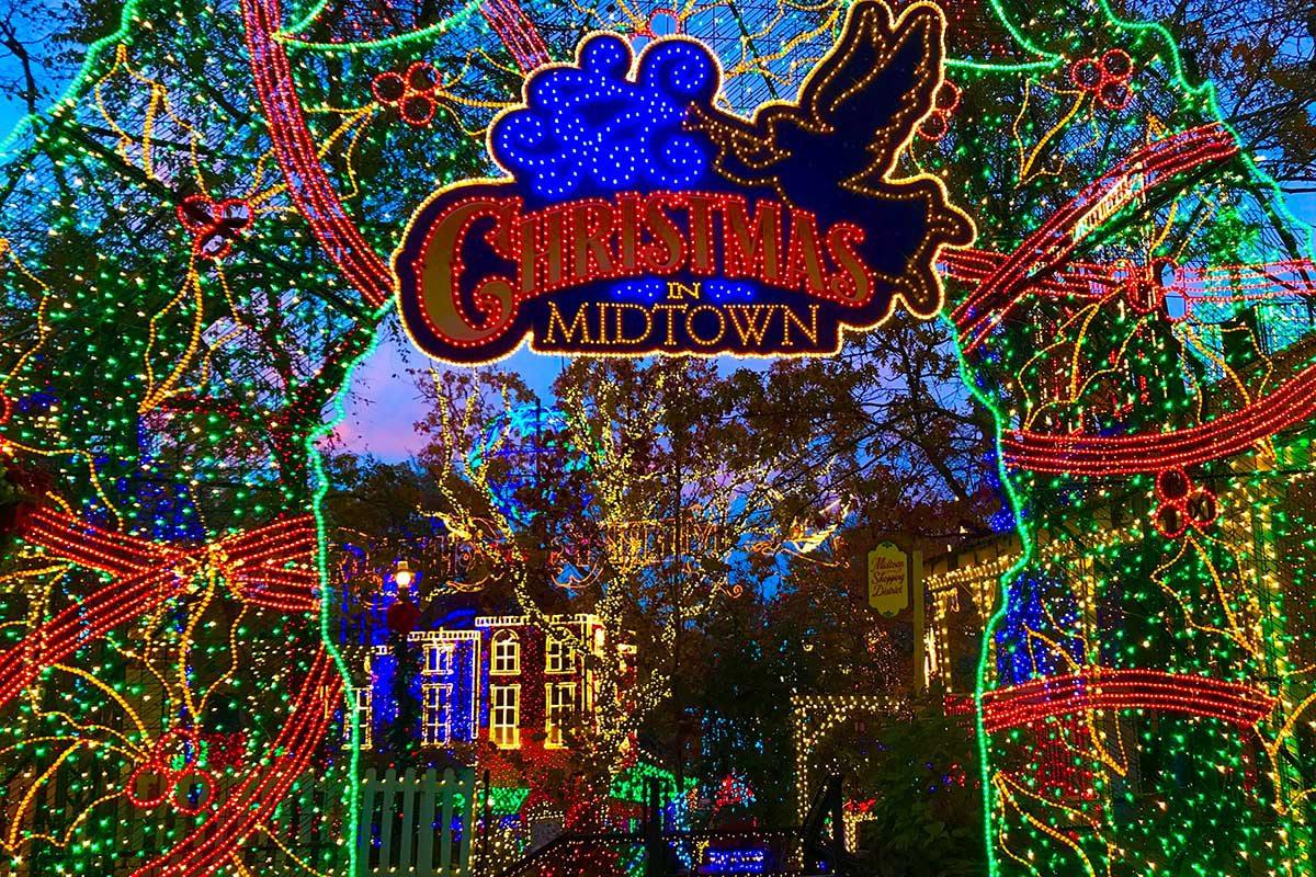 entrance to Branson Missouri's Christmas light display