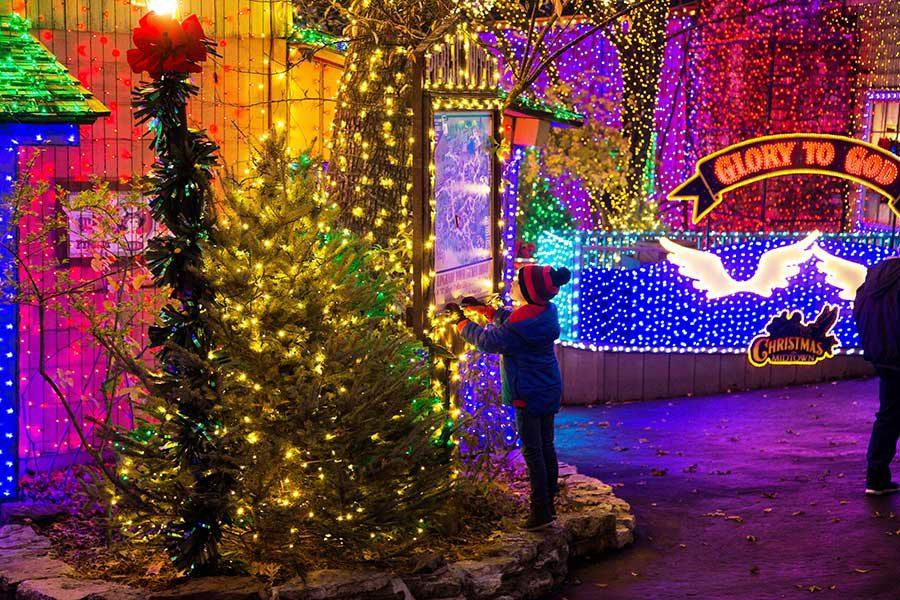 Silver Dollar City Christmas in Midtown, Branson MO