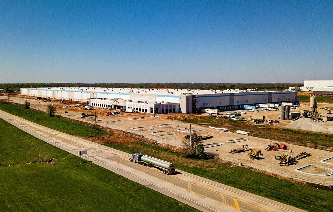 Amazon Fulfillment Center in Republic, MO under construction