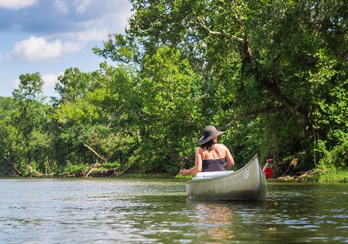 Canoe or float Big Piney River in Missouri
