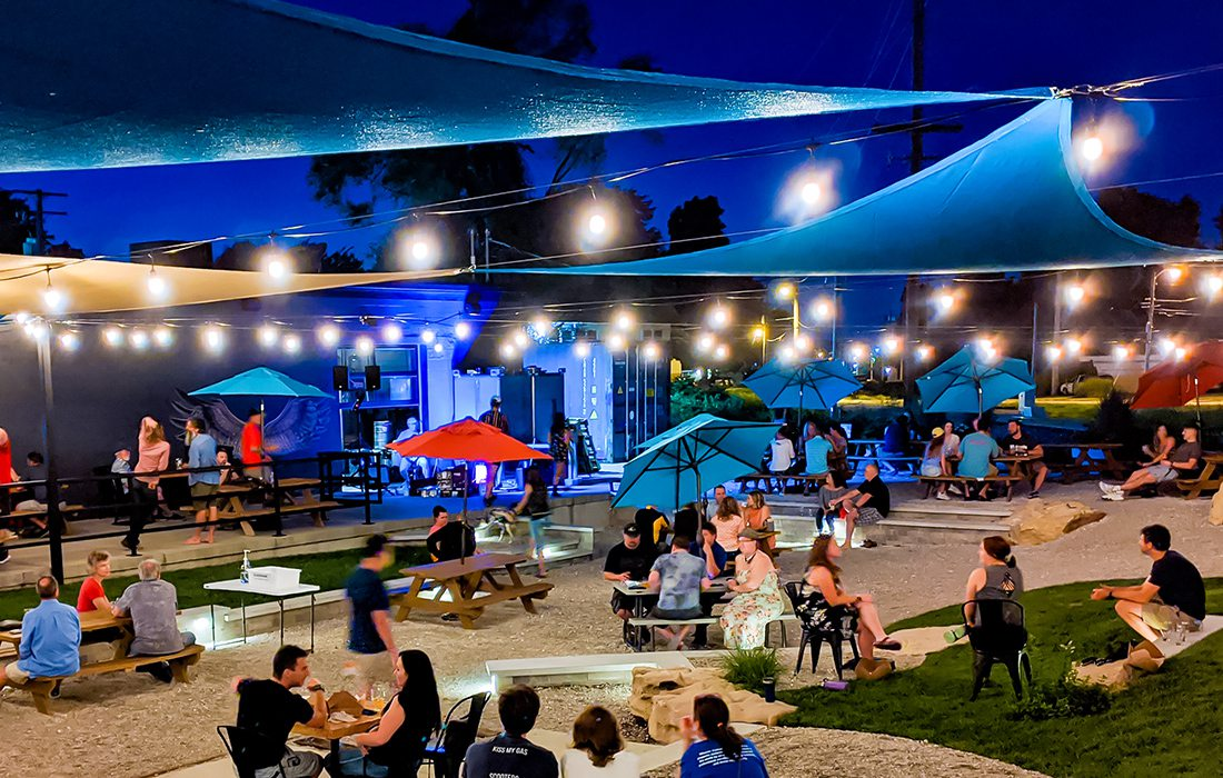 Tie & Timber Beer Co. Springfield MO outdoor space at night