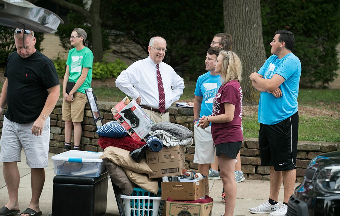 Clif Smart welcoming students to MSU campus on Move in Day