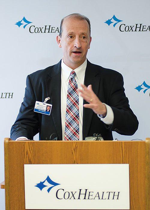 CoxHealth CEO Steve Edwards addresses media about COVID-19