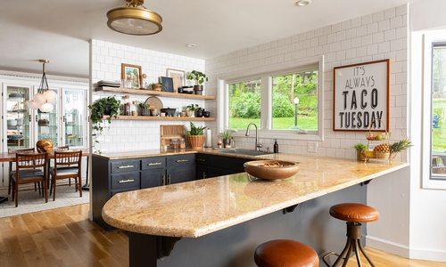 lifestyle and interior design blogger, Ashley Mayes home decor
