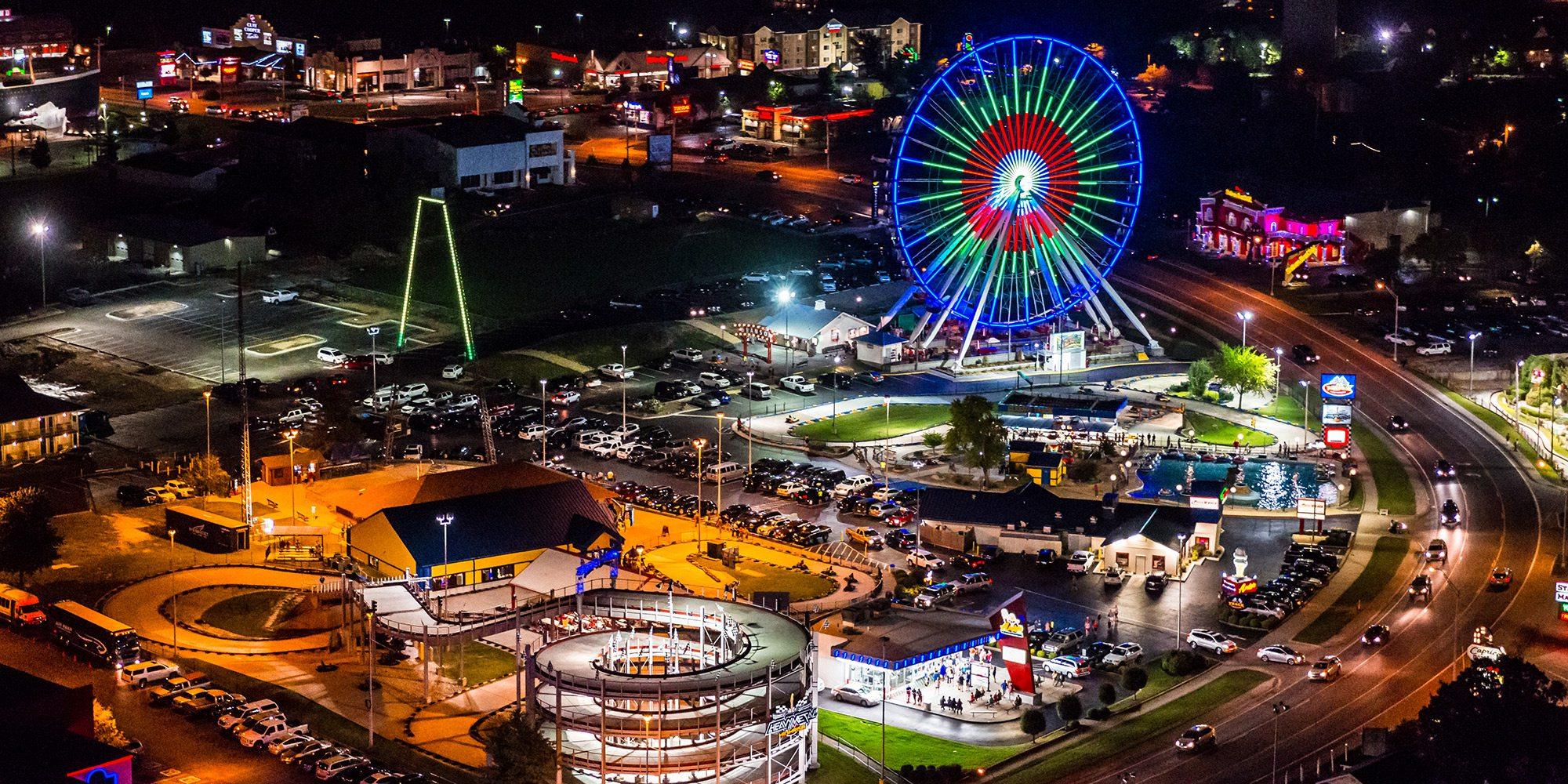 The Branson Ferris Wheel on the Branson, MO skyline