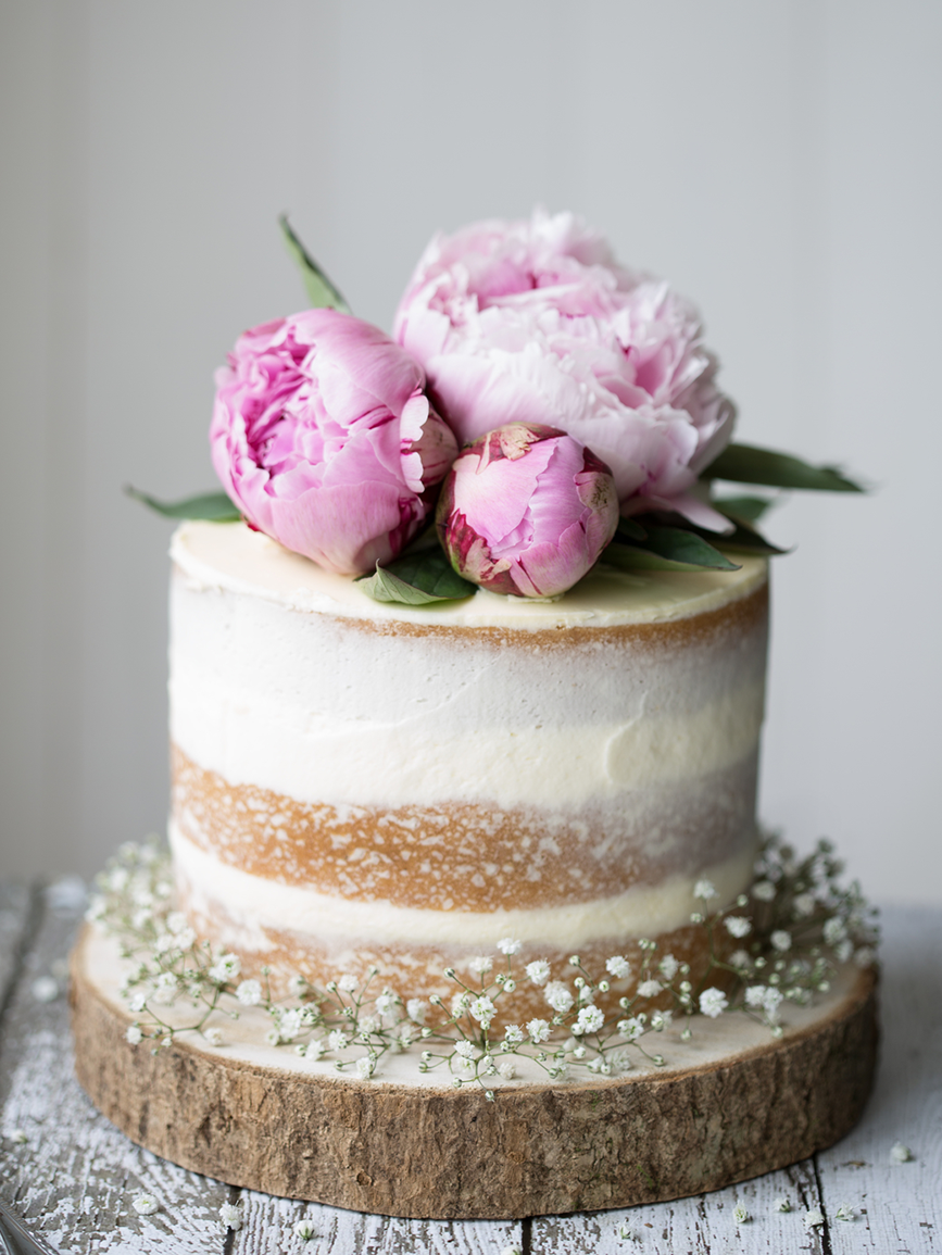 Wedding Cake Flavors.Fanciful Flavors Give Your Cake New Life