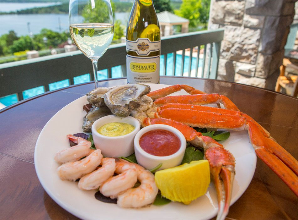 Shrimp, fresh oysters, snowcrab, roasted garlic and lemon saffron aioli