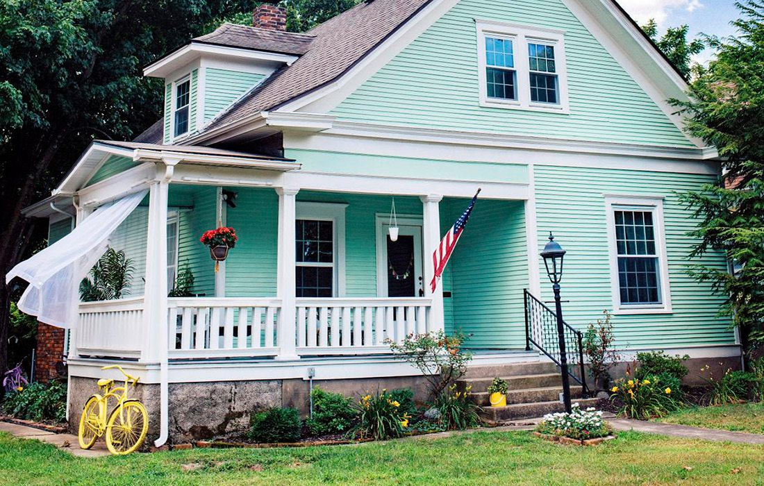 Curb Appeal - Rountree - After - CO Lindsey Clouse