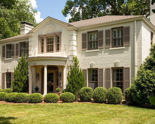 Link and Nancy Knauer's Casually Elegant Georgian Colonial in the Delaware Neighborhood