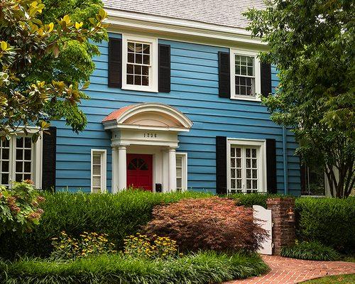 Michael & Katie Meek's Cheerful Colonial in the Delaware Neighborhood