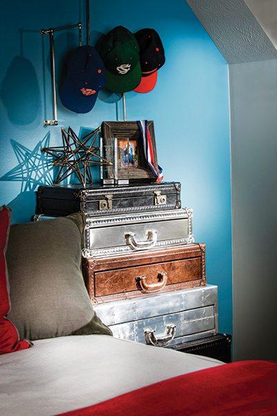 417 Home Design Awards 2015 - Children's Suite Winner - Bedside