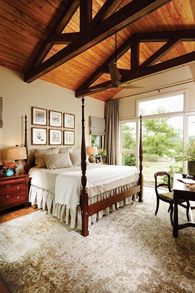 417 Home Design Awards 2015 - Whole Home Winner: Master Bedroom