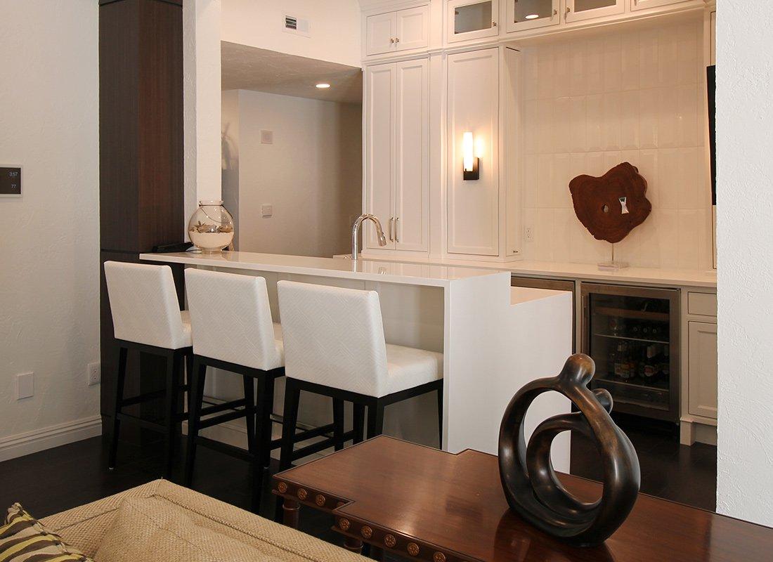 417 Home Design Awards 2017: Whole House, Basement Bar