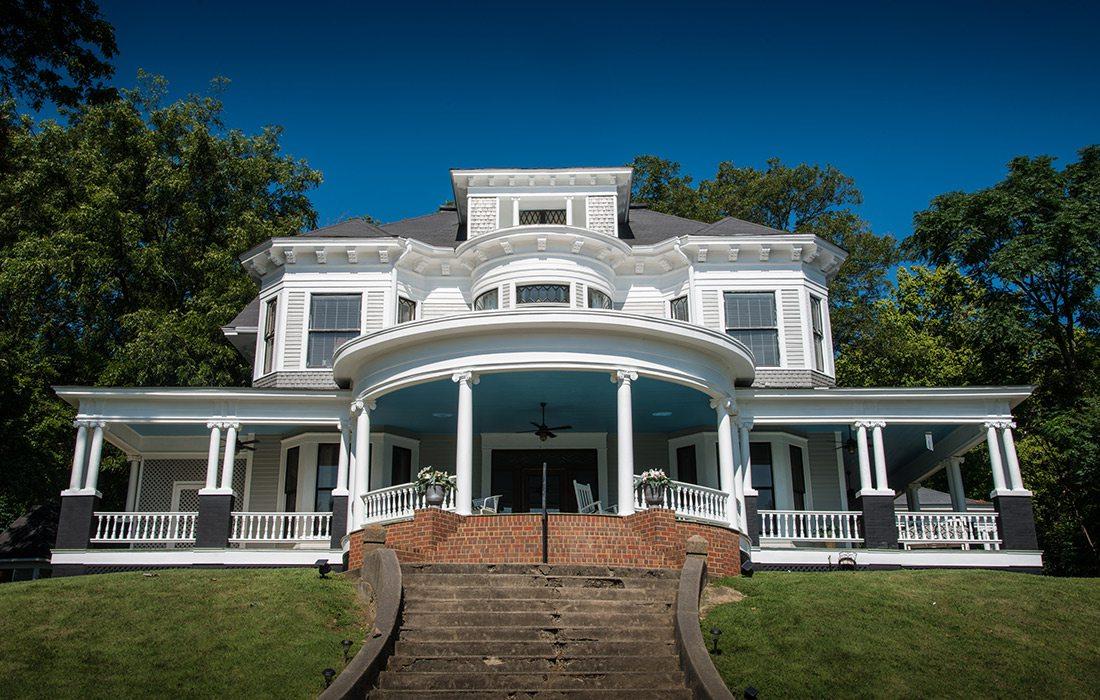 Edwardian Inn Bed & Breakfast in Helena, Arkansas