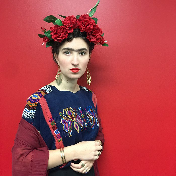 Elisabeth Behnke as Frida Kahlo