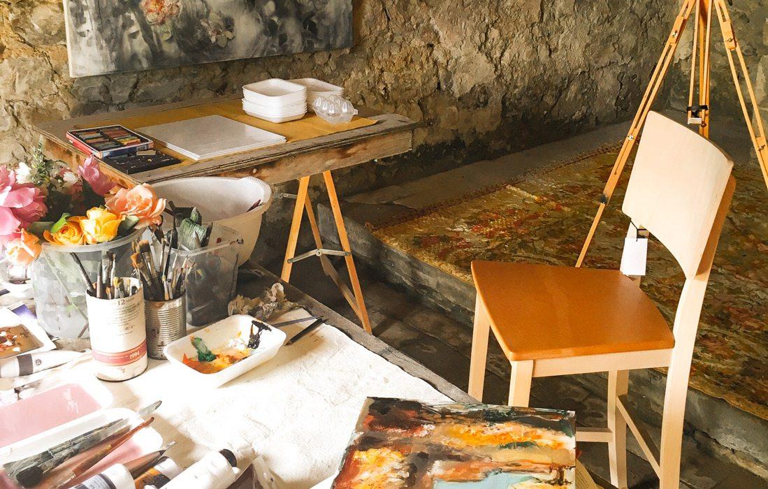 Studio inside vila