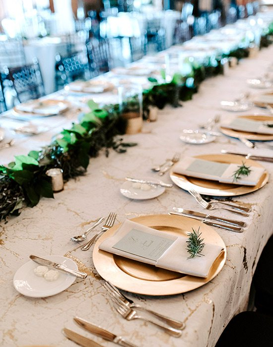 Elegant wedding table settings by Elegant Linens and Rentals in Nixa MO