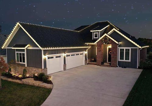 Skip the Hassle and Hire a Professional to Install Your Holiday Lights