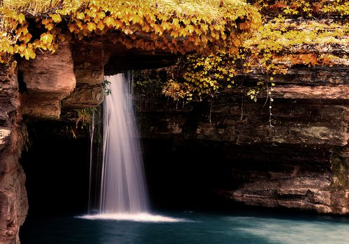 Glory Hole Waterfall at Dogwood Canyon in Missouri