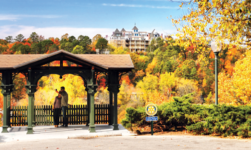 Fall Getaway to Eureka Springs
