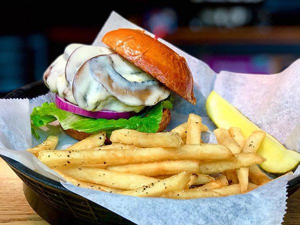 Burger at Finnegan's Wake in Springfield MO
