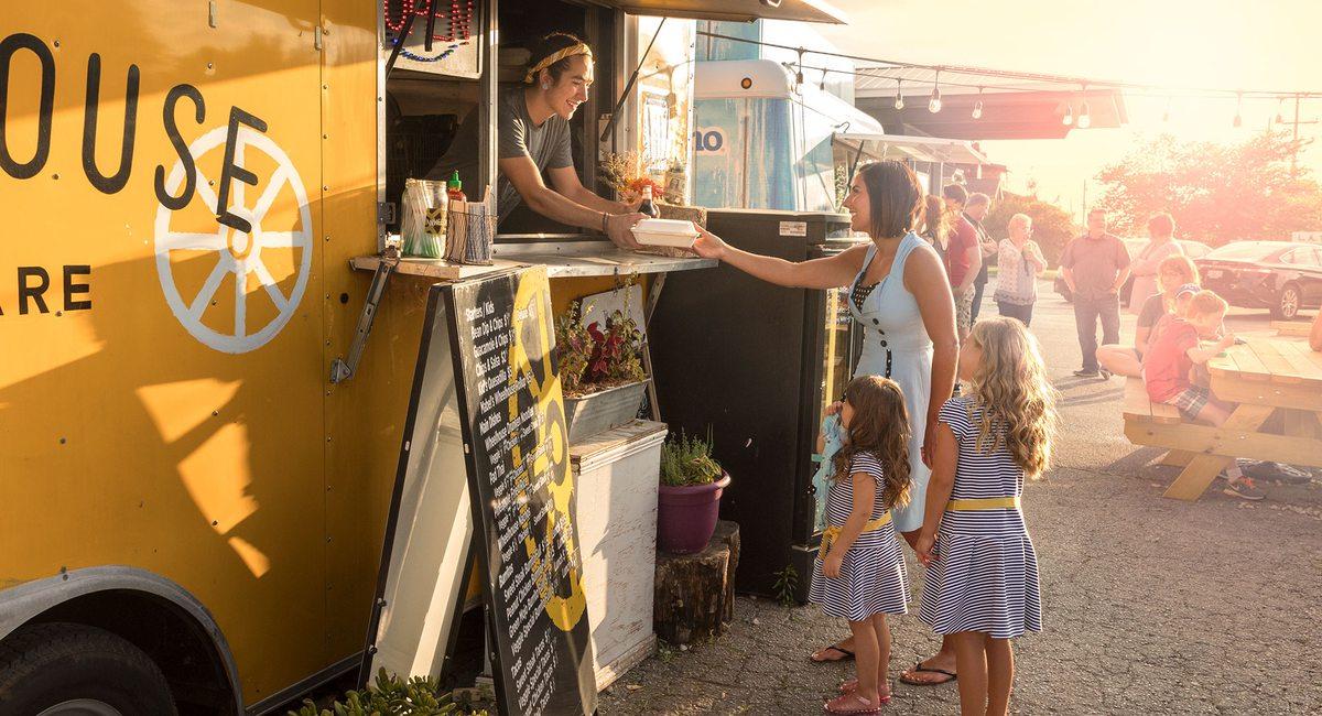 25 Must Try Food Trucks In Southwest Missouri