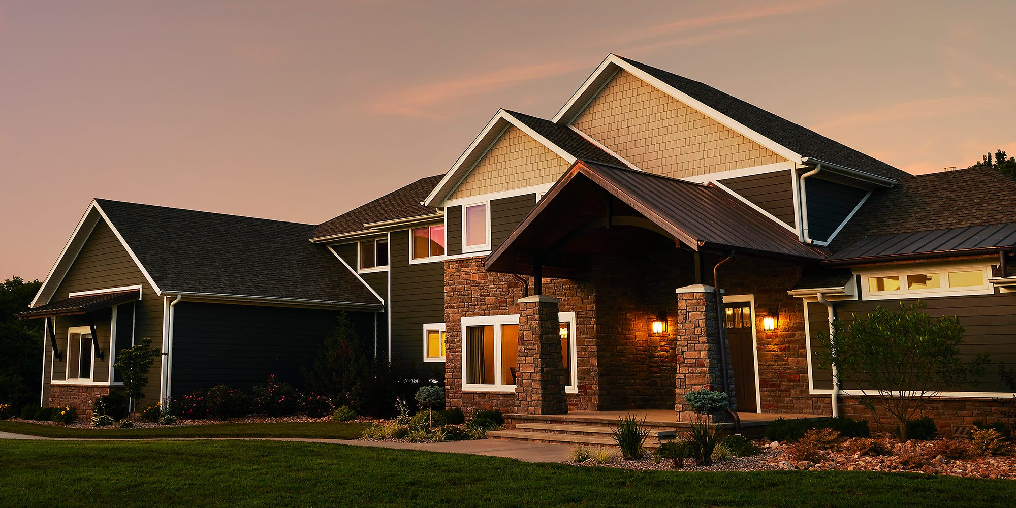 Timeless American Architecture, $500,000–750,000 Homes of the Year Winner Exterior