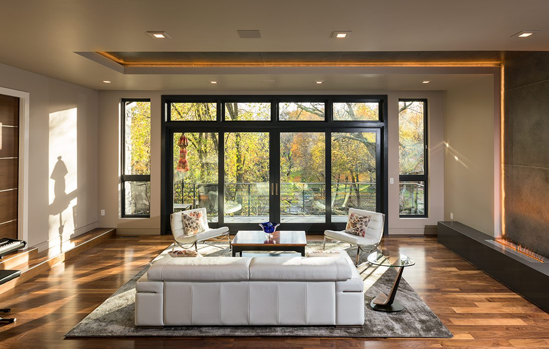 $1 Million Dollar Plus Home of the Year Winner Modern Home Sitting Room