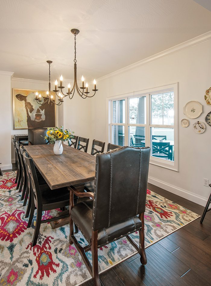$500,000 to $750,000 2015 Homes of the Year Winner - Dining Room