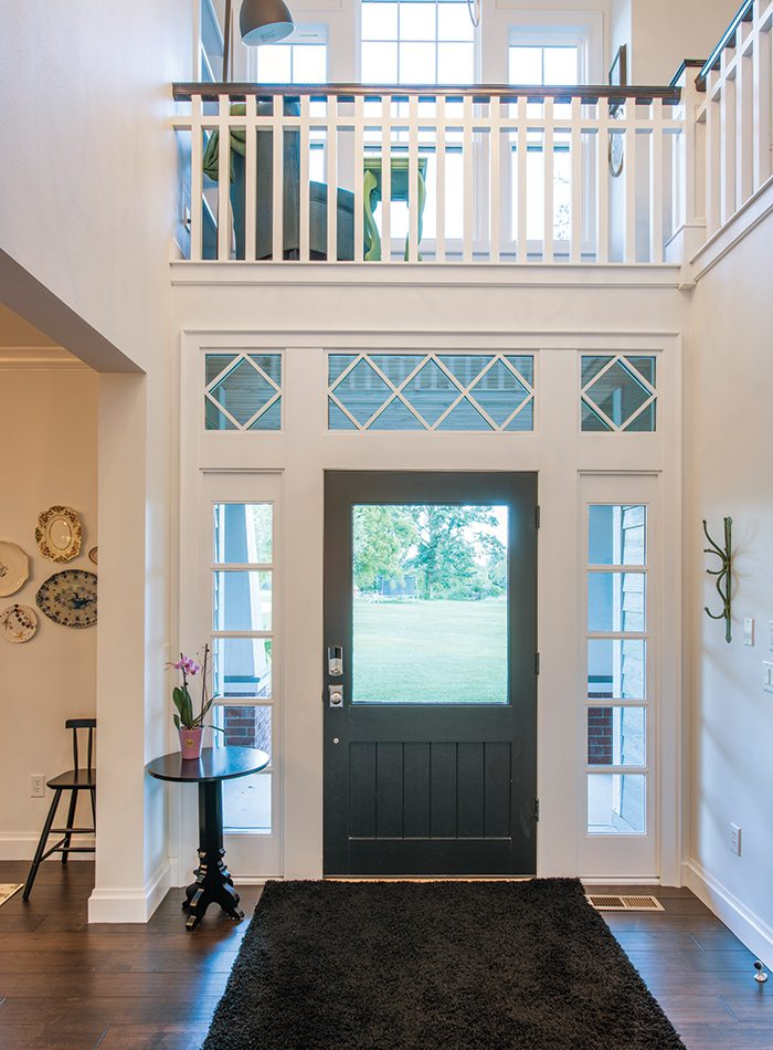 $500,000 to $750,000 2015 Homes of the Year Winner - Front Entry
