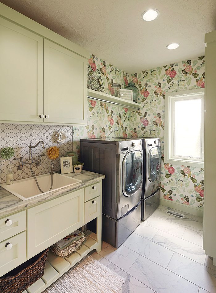 $750,000 to $1 Million 2015 Homes of the Year Winner - Laundry Room