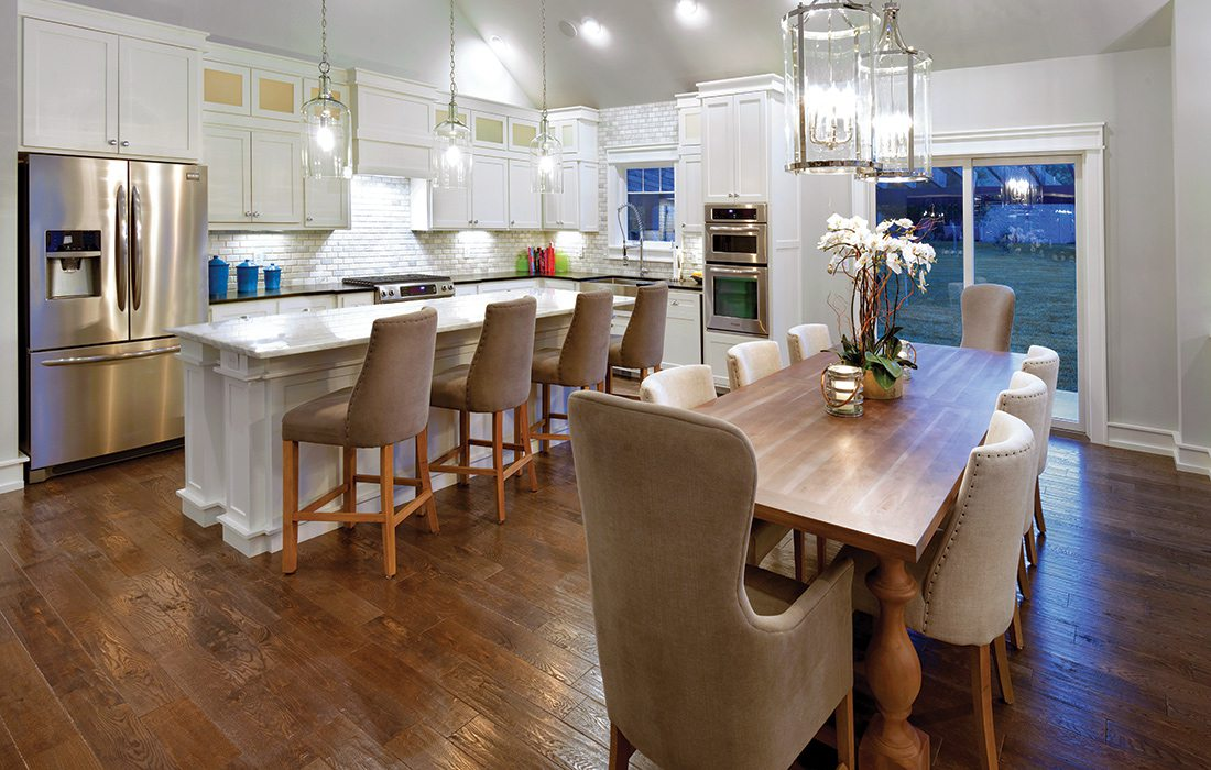 $500,000 and Less 2015 Homes of the Year Winner - Kitchen and Dining Room