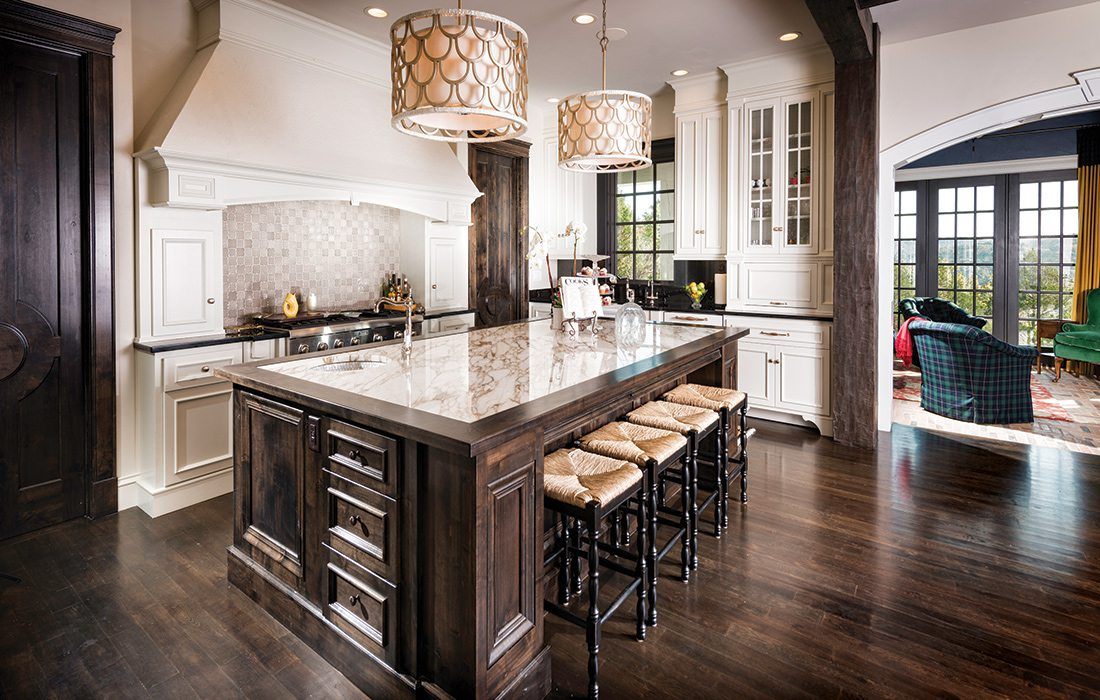 More Than $1 Million 2015 Homes of the Year Winner - Kitchen