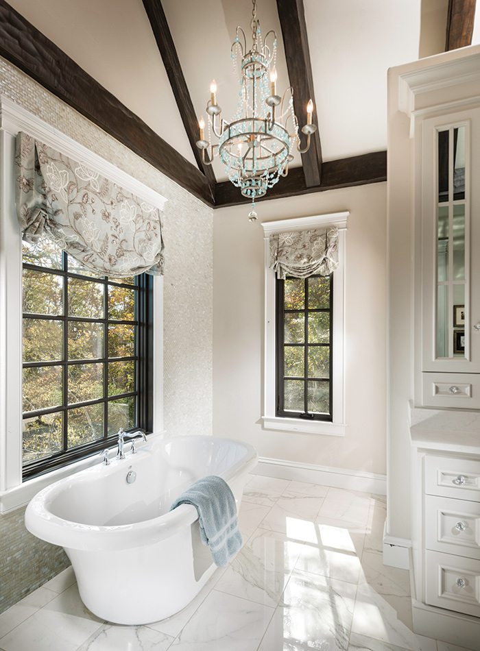 More Than $1 Million 2015 Homes of the Year Winner - Master Bath