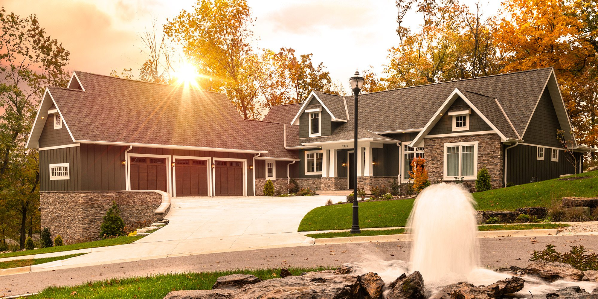 Exterior of modern craftsman style home in southwest Missouri