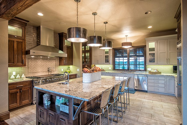 417 Home - Homes of the Year 2016 - $1 Million Plus Winner - Kitchen
