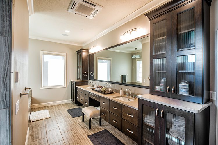 417 Home - Homes of the Year 2016 - $1 Million Plus Winner - Master Bathroom