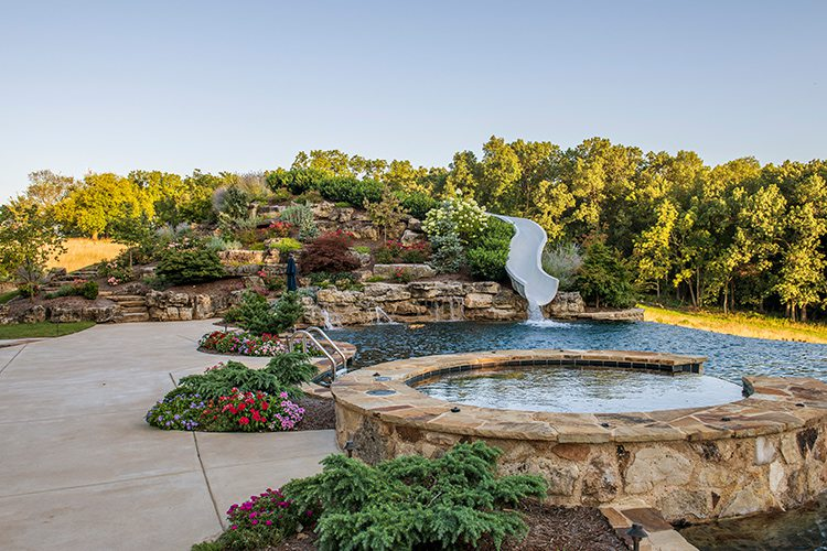 417 Home - Homes of the Year 2016 - $1 Million Plus Winner - Pool