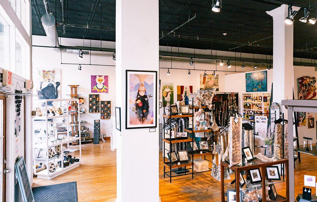 Formed art gallery