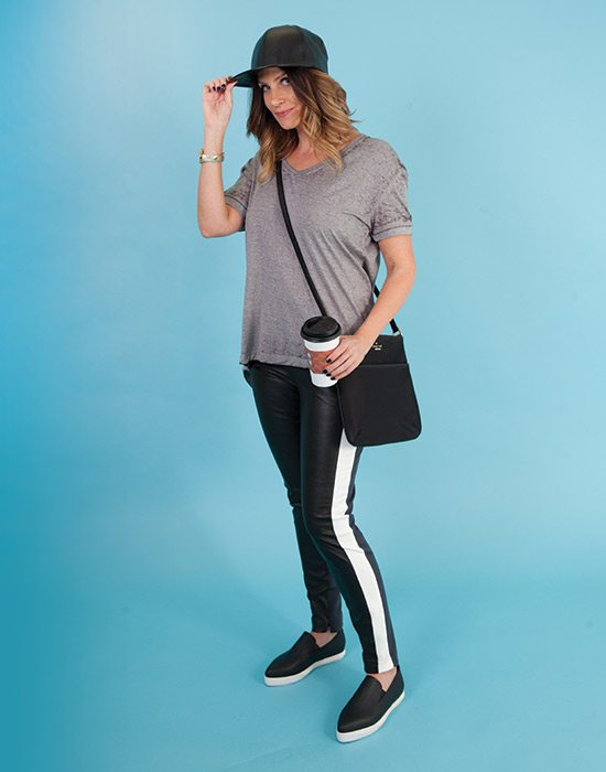 sporty mom style