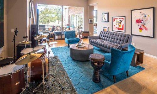 Inside Dr. Swann's Home