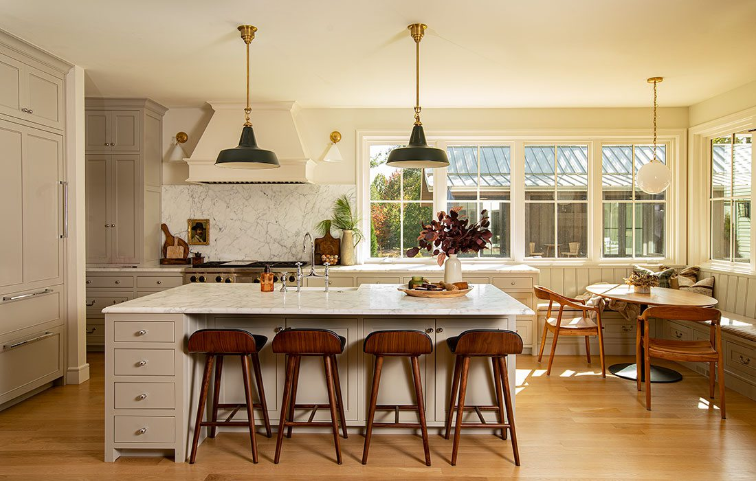Kitchen: Jamie Stauffer of Here Let Me design in Springfield MO