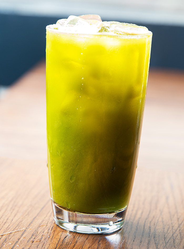 kale breakfast drink