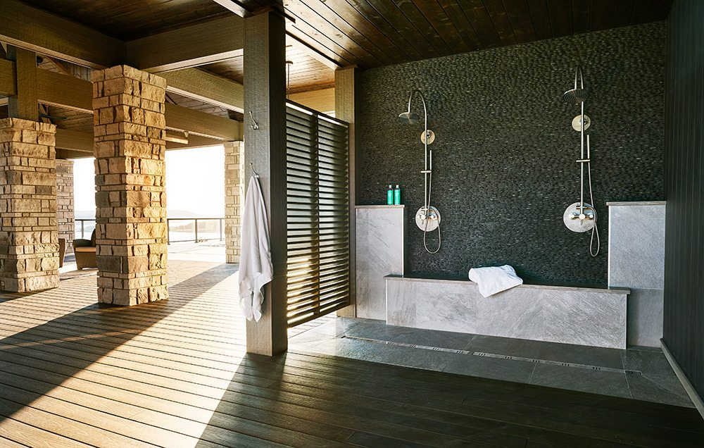 Outdoor showers in home on Table Rock Lake
