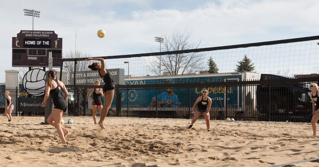 Lynsey Wright Missouri State Beach Volleyball