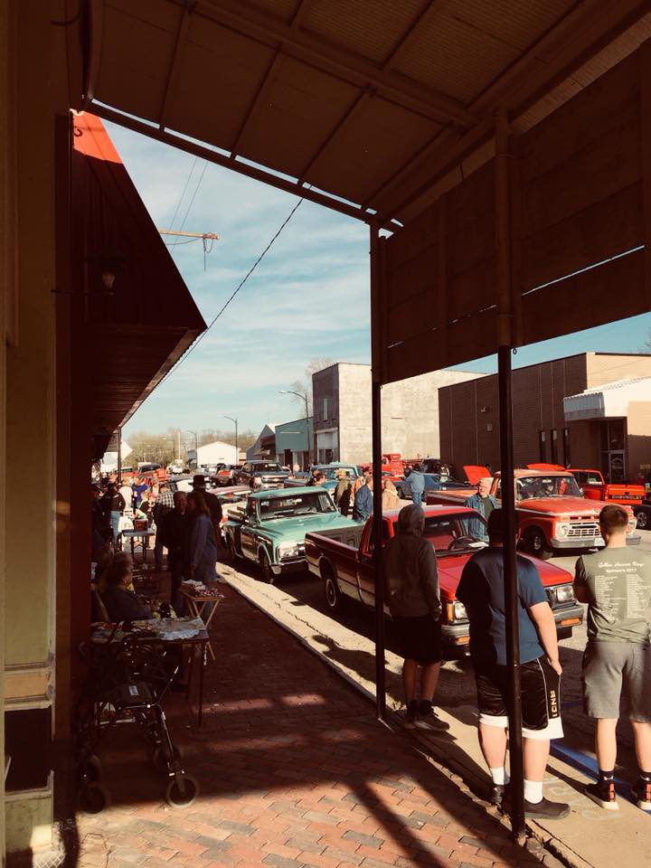 Car Show in Southwest Missouri