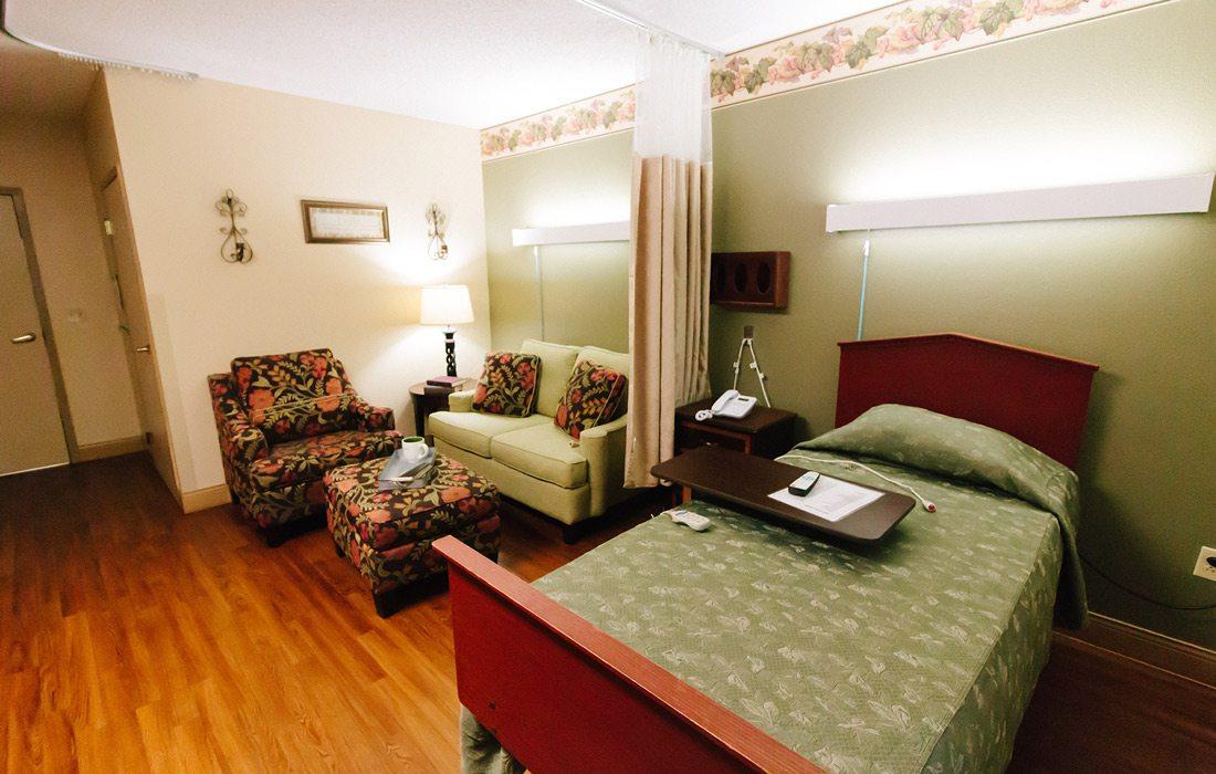 Photo courtesy Magnolia Square Nursing & Rehab interior photo