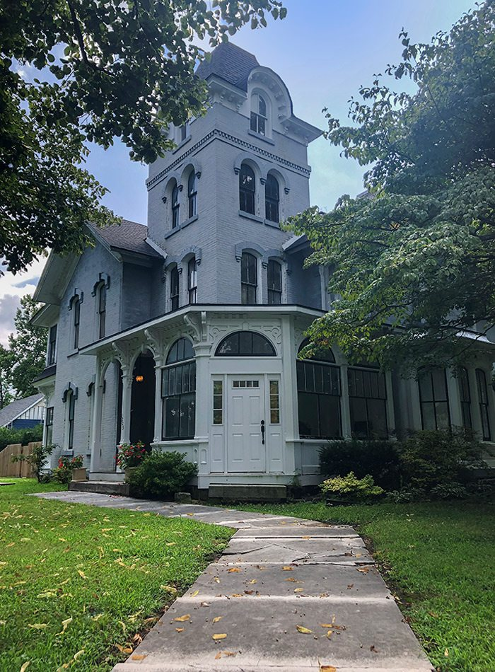 Historic home in Carthage MO